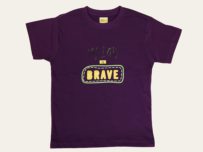 "T-shirt Roxa ""My Dad is BRAVE"""