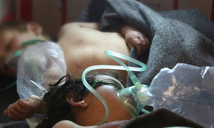Civis sírios assassinados com recurso a armas químicas