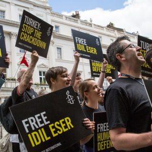 Liberdade para Idil Eser, Taner Kılıç e todos os outros defensores de direitos humanos!