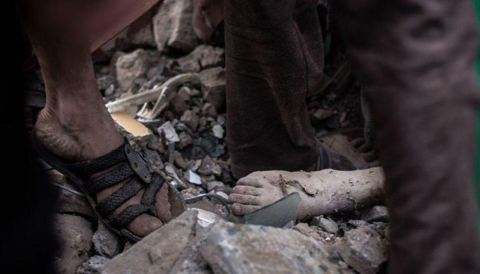 Bomba fabricada nos EUA mata e fere crianças em ataque aéreo no Iémen