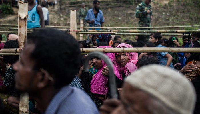 Novas provas de limpeza étnica em Myanmar com militares a raptarem, roubarem e sujeitarem rohingya à fome