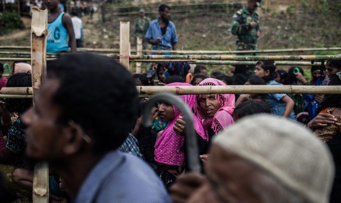 Crimes contra a humanidade em Myanmar para aterrorizar e forçar rohingya à fuga