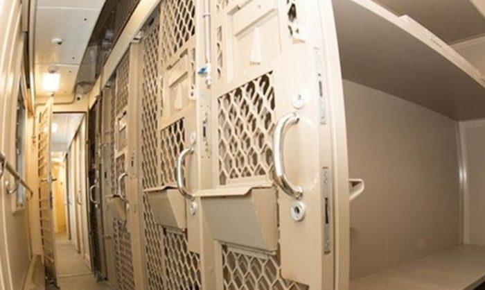 Transporte de presos na Rússia evoca práticas da era dos gulag