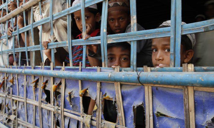 Rohingya encurralados num regime desumanizante de apartheid em Myanmar