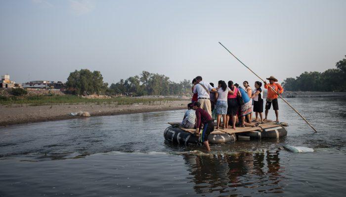 México está a fazer regressar ilegalmente milhares de pessoas da América Central de volta a possível morte