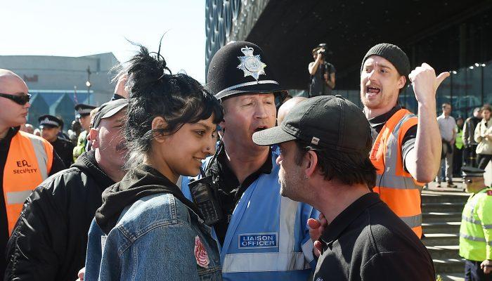 Nova era de ativismo social no mundo inteiro impulsionada pelo ódio promovido pelos estados