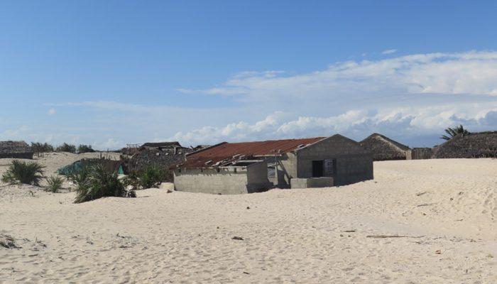 Exploração mineira irresponsável de empresa chinesa em Moçambique ameaça destruir aldeia costeira