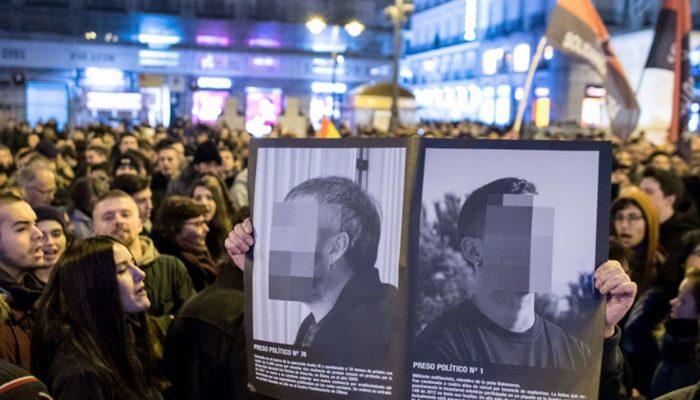 Lei antiterrorismo em Espanha usada para esmagar a sátira e expressão artística