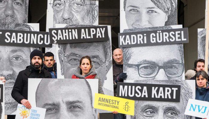 """""""Para os jornalistas a Turquia tornou-se uma masmorra"""""""
