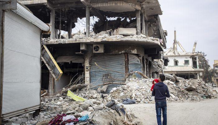 Investiguem as mortes de civis em Raqqa, na Síria!