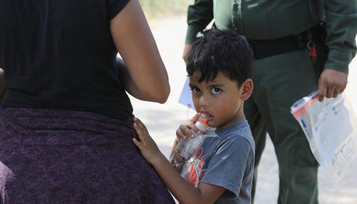 Mais de 6000 famílias requerentes de asilo nos EUA separadas em 4 meses