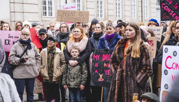 """Dinamarca: """"Cultura da violação"""" generalizada e impunidade endémica para violadores expostos"""