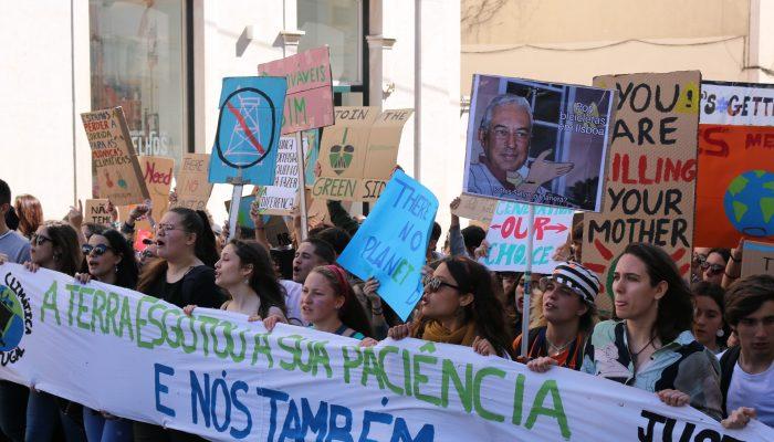 Clima: em solidariedade com os estudantes de todo o mundo