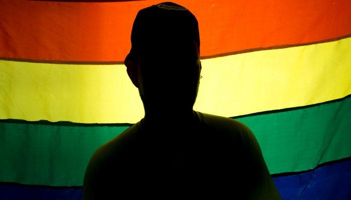 Brunei: Apedrejamento de homossexuais não pode tornar-se lei