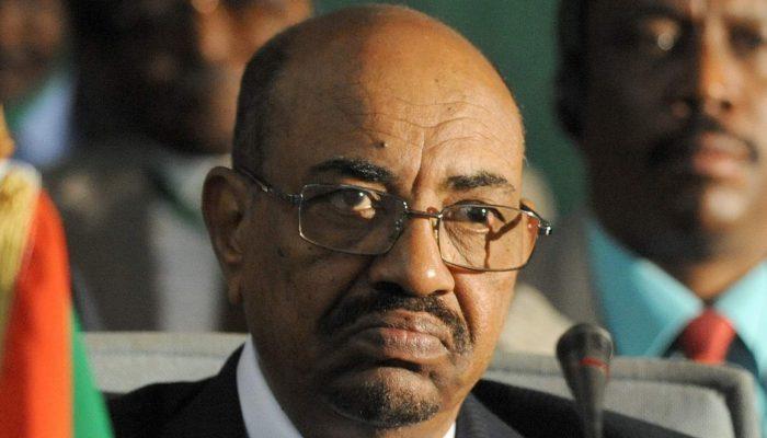 Sudão: As razões para Omar al-Bashir não escapar à justiça
