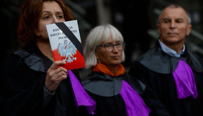 Polónia: Independência da justiça em perigo