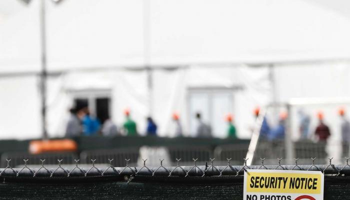 EUA: Quase duas mil crianças migrantes continuam detidas em Homestead