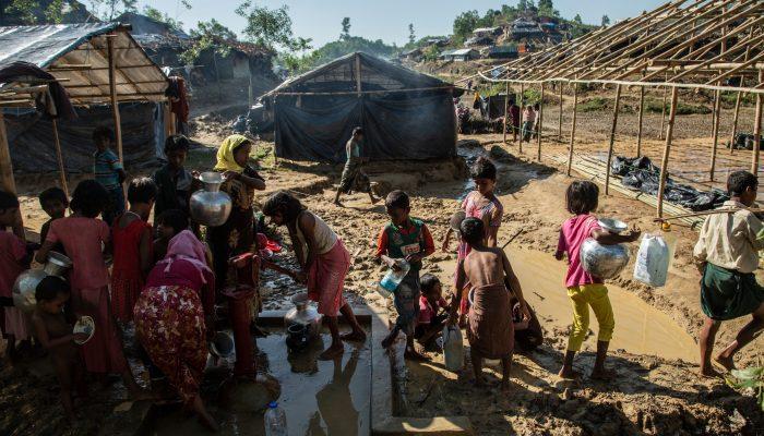 Bangladesh: A geração perdida de crianças Rohingya