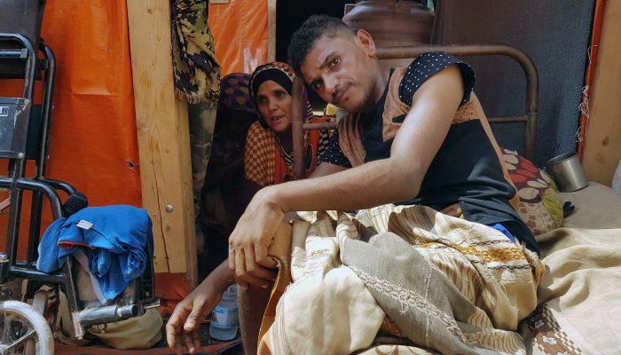 Iémen: Guerra e exclusão deixam ao abandono milhões de pessoas com deficiência