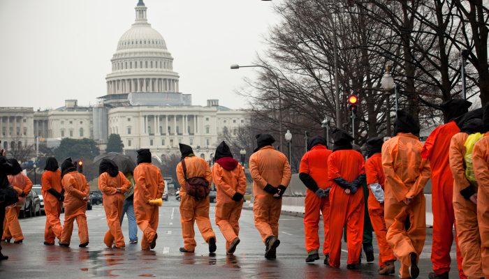 18 anos depois ainda lutamos pelo encerramento de Guantánamo