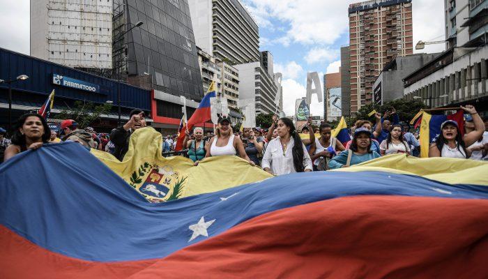Venezuela: Graves ataques contra membros da oposição da Assembleia Nacional