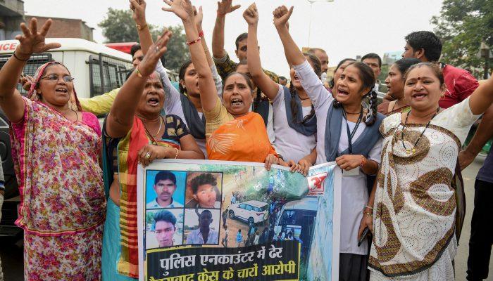 O risco de ser mulher e política na Índia: 7 coisas que precisa de saber