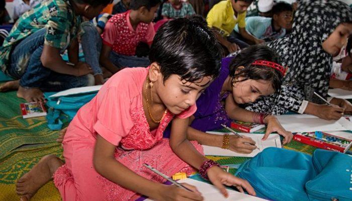 Bangladesh: Crianças Rohingya com acesso a educação