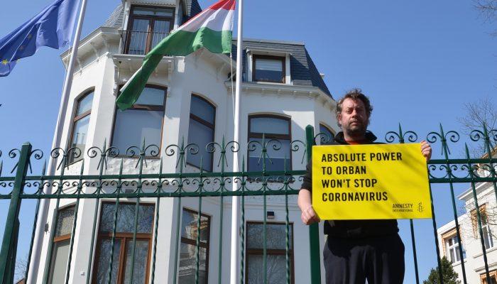 COVID-19: Governo húngaro não pode usar a pandemia para exercer poderes ilimitados