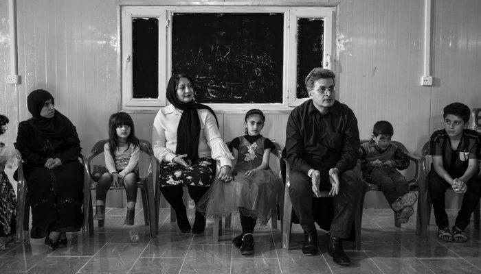 """Iraque: Crianças yazidis sobreviventes do """"Estado Islâmico"""" enfrentam crise de saúde sem precedentes"""