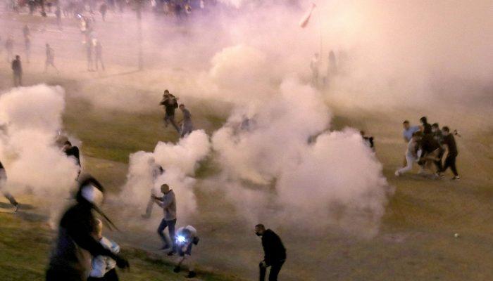 Bielorrússia: Manifestantes pacíficosalvo de violência policial