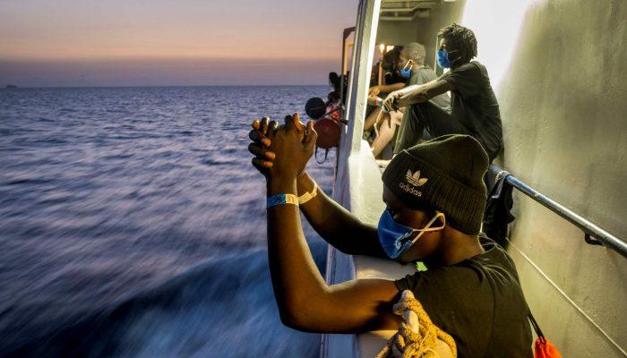 Malta: Táticas ilegais expõem refugiados e migrantes a sofrimento no Mediterrâneo Central