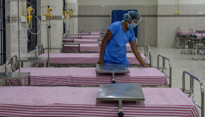 COVID-19: Mais de 7000 profissionais de saúde morreram em todo o mundo