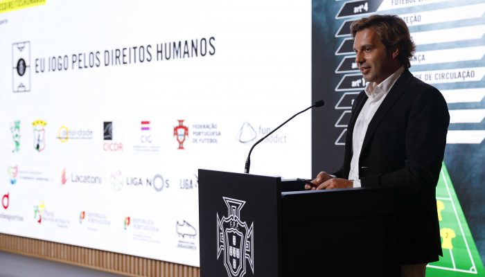 Amnistia Internacional entra em campo para promover Direitos Humanos no desporto