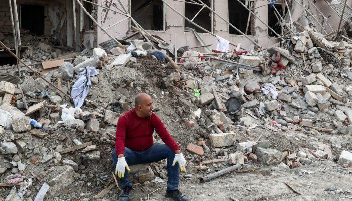 Arménia/Azerbaijão:Crimesde guerra têm de ser investigados