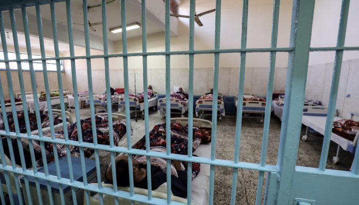 Egito: Prisioneiros de consciência em risco de vida devido a abusos e falta de cuidados de saúde