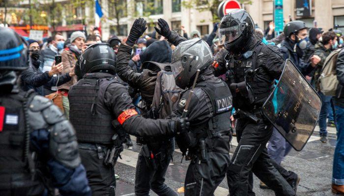 França: Autoridades silenciam dissidência contra polémica lei de segurança