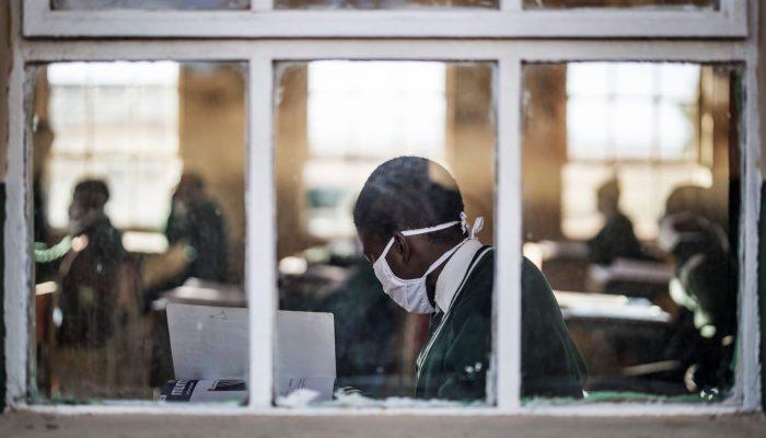 África Ocidental e Central: Estados devem priorizar grupos de risco e profissionais de saúde nos planos de vacinação