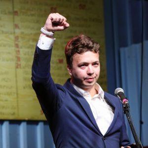 Bielorrússia: Liberdade para Roman Protasevich e Sofia Sapega