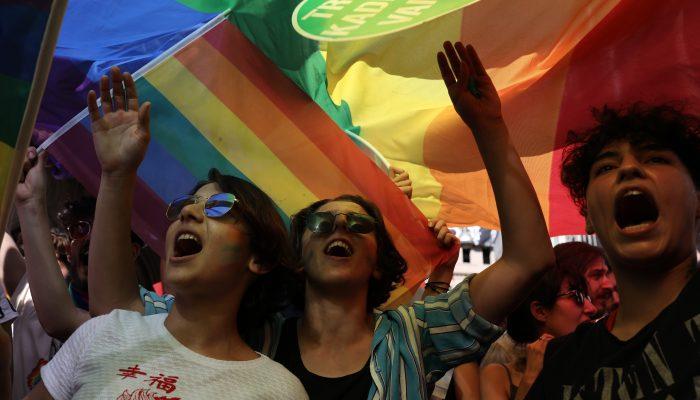 Hungria: Solidariedade com comunidade LGBTI no jogo entre Alemanha e Hungria
