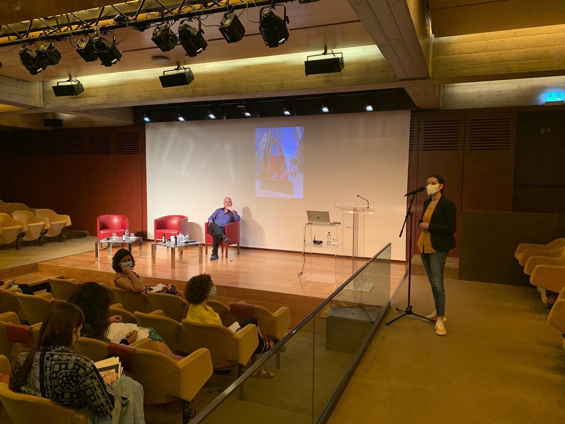 Breve olhar sobre a Conferência Internacional Art and Human Rights