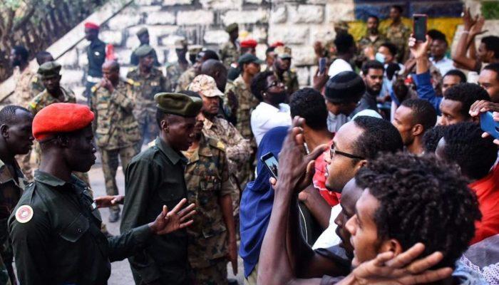 Sudão: Autoridades devem acelerar investigações do massacre de Cartum em 2019